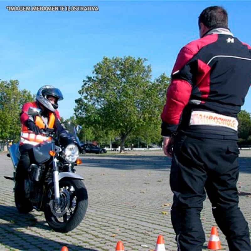 Habilitação de Moto a Valor Vila Congonhas - Habilitação de Moto Pcd