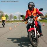 auto escola de aula direção moto