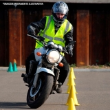 endereço de auto escola de aula direção moto Vila Uberabinha