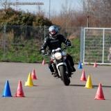 procuro por habilitação da moto Vila Facchini